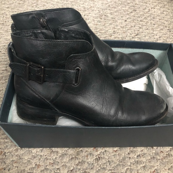 UGG Shoes - UGG Leather Boots Black Size 6